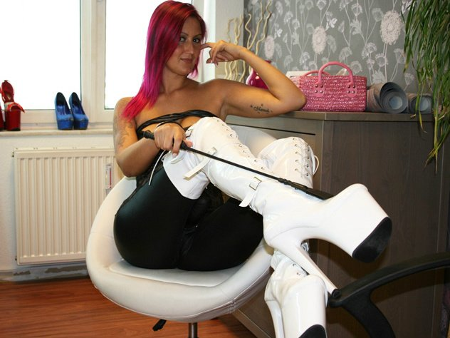 Domina Lady Valerie aus Berlin